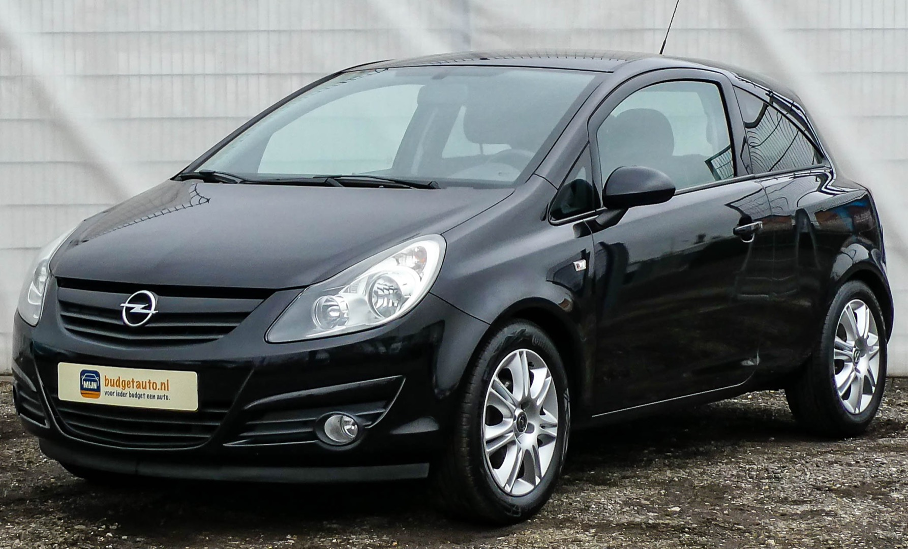 Opel Corsa 1.4-16V Color Edition (3-drs)